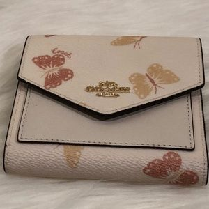 NWT COACH SMALLISH WALLET WITH BUTTERFLY PRINT